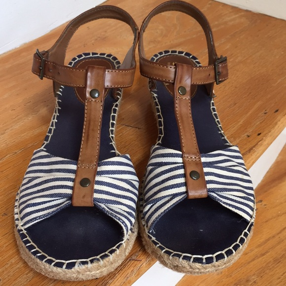 white mountain shoes cheerio stripe espadrille wleather poshmark poshmark